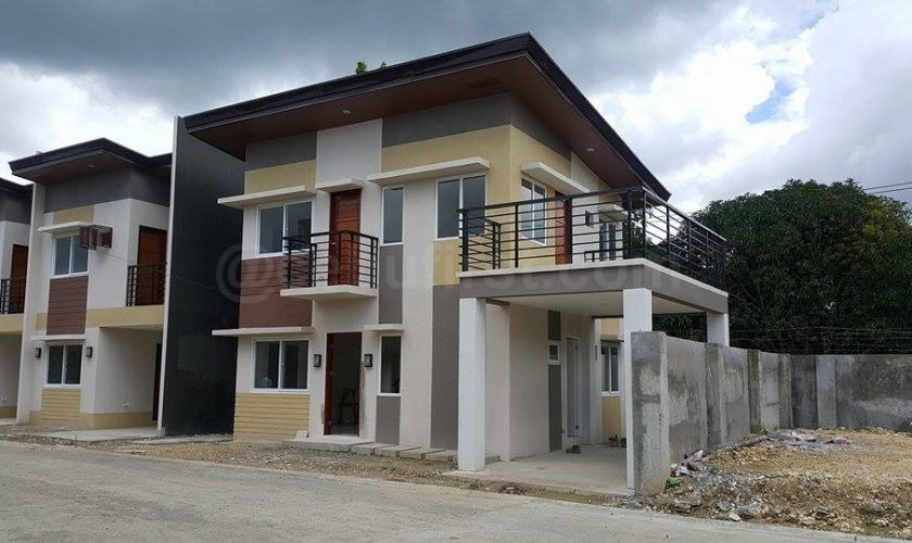 House and lot in Modena Residences | Liloan | with pool